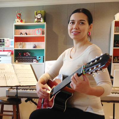 Lunch Time Guitar Lessons in Coral Gables